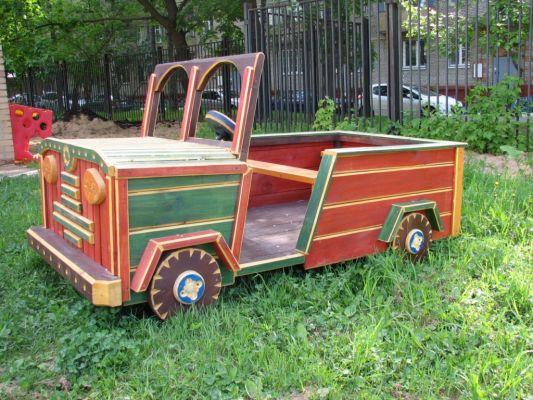 Деревянная машина своими руками для сада